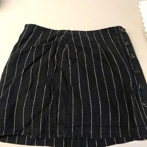 Forever 21 Striped Black Skirt